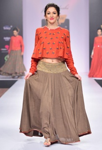 grey-thread-embroidered-skirt