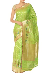 lime-green-gold-peacock-motif-banarasi-silk-sari