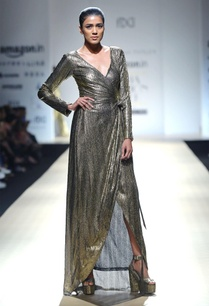black-gold-wrap-dress
