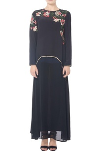 black-floral-long-tunic