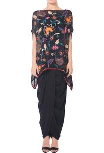 black-floral-embroidered-kaftan