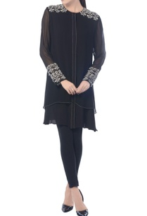 black-aztec-embroidered-tunic