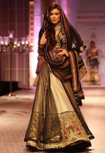 black-gold-embroidered-lehenga-set
