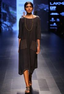 grey-classic-handwoven-tunic