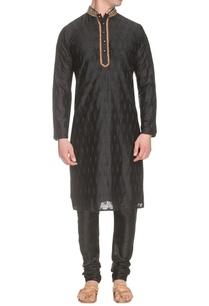 black-kurta-set-with-blue-thread-embroidery