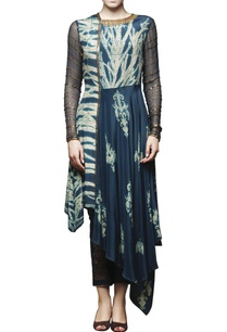 peacock-blue-embroidered-kurta-with-pants
