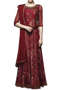 maroon-embroidered-lehenga-set