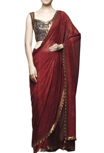 maroon-printed-sari-with-embroidered-blouse