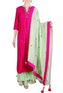 pink-green-kurta-set-with-tassels