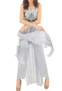 grey-embellished-front-slit-tunic-with-trousers