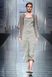 silver-grey-linen-jumpsuit