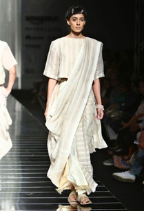 ivory-and-beige-handwoven-striped-sari