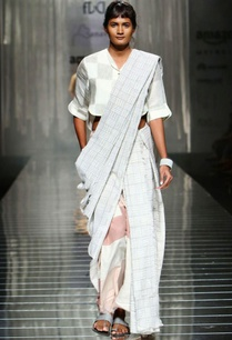 grey-white-handwoven-sari