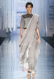 light-grey-handwoven-sari-with-check-details