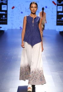 blue-top-with-white-kantha-and-stitch-details