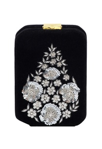 black-box-clutch-with-silver-zardozi-embellishments