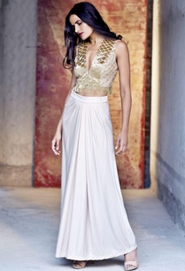 blush-gold-embroidered-crop-top-with-a-long-skirt