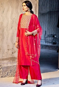 red-embellished-kurta-set-with-dupatta