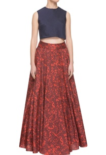maroon-floral-print-skirt-navy-blue-crop-top