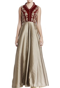 maroon-beige-embroidered-gown-with-cutout-back-detail