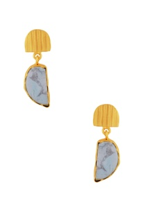 gold-plated-earrings-with-marble-pattern-stone