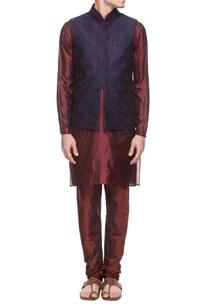 wine-embroidered-kurta-set-navy-blue-bandi