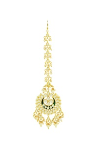 gold-plated-kundan-studded-maangtika-with-pearls