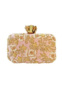 baby-pink-zardozi-clutch-with-a-vintage-rose-clasp