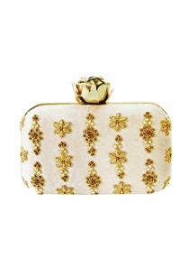 ivory-zardozi-butti-embroidered-clutch