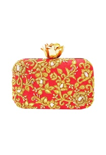 red-zardozi-clutch-with-a-vintage-rose-clasp
