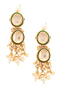 gold-plated-double-layered-earrings-with-kundan-pearls