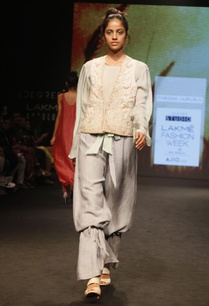 mint-green-tie-up-top-with-embroidery