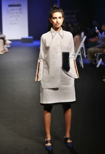 white-shirt-dress-enhanced-with-contrasting-details