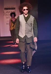 grey-printed-waistcoat-with-drape