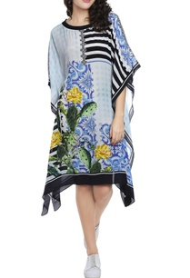 baby-blue-cactus-floral-printed-kaftan-dress