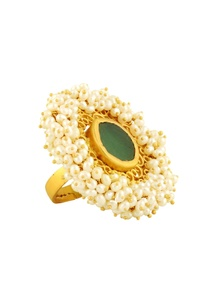 gold-plated-ring-with-emerald-stone-filigree-cutwork