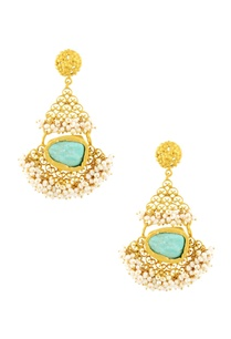 gold-plated-danglers-with-turquoise-stone