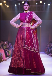 maroon-sequin-embroidered-gown-with-belt