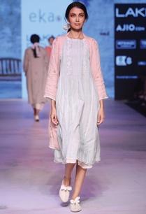 pale-pink-linen-printed-wrap