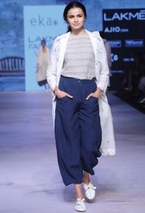 white-linen-floral-print-jacket