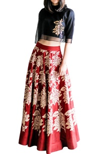 red-a-line-skirt-with-beige-floral-details