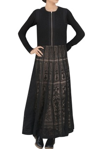 black-maxi-dress-with-criss-cross-back