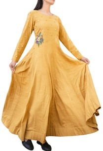 mustard-gown-with-mirror-and-floral-applique-details