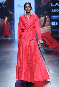 red-benarasi-silk-skirt