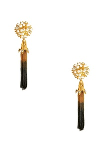 gold-plated-tassel-earrings-with-pearls