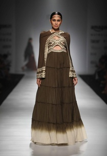 dark-brown-ivory-shaded-gypsy-dress