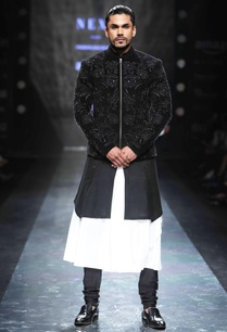 plain-black-churidar