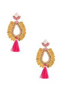 gold-fuschia-motif-tassel-dangler-earrings