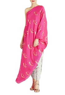 pink-one-shoulder-kurta-with-grey-printed-dhoti-pants
