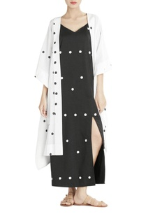 white-polka-dotted-cape